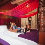 Four poster romance at Hotell Hellsten